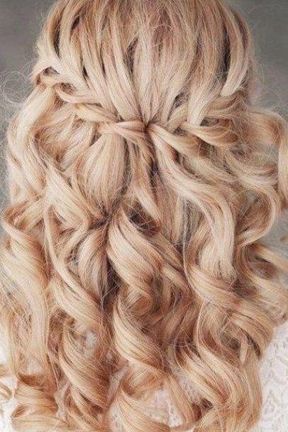 Festliche Frisuren Firmung Festliche Firmung Frisuren In 2020 Simple Wedding Hairstyles Hair Styles Long Hair Wedding Styles
