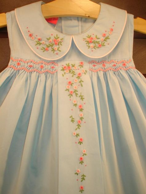 Smocked Baby Dresses, Little Dresses, Little Girl Dresses, Vintage Baby Dresses, Girls Dresses, Sewing For Kids, Baby Sewing, Sewing Ideas, Couture Bb