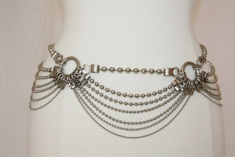 Steampunk Chain Belt 7 STrands Hooks Silvertone Metal Sexy Belly Dancer Hippie Rocker Boho Vintage REtro
