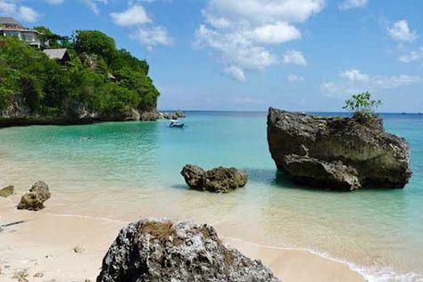 Pantai Padang Padang Objek Wisata Pantai Tersembunyi Di
