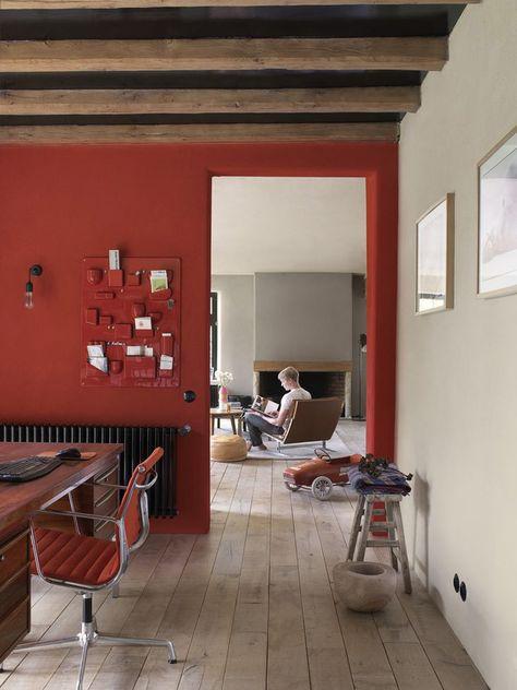 interno casa-parete rossa | Idee negozio | Pareti rosse ...