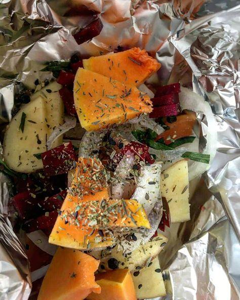 Keep calm ... #lovevegetables . . #heirloomvegetables #vegetablegarden  #vegetable #vegetablebroth #vegetablestock #vegetablepatch #vegetabletannedleather #vegetablesgarden #vegetablesushi #vegetablesalad #vegetablegardens #vegetablechips #vegetablefood #vegetablestirfry #vegetabletanned #vegetablesoup #vegetablesmoothie #vegetableart #vegetablefarm #vegetablelover #vegetableseeds #vegetablegardening #vegetablecarving #vegetablestew #vegetablejuice #vegetablecurry #growingvegetables  #vegetabler