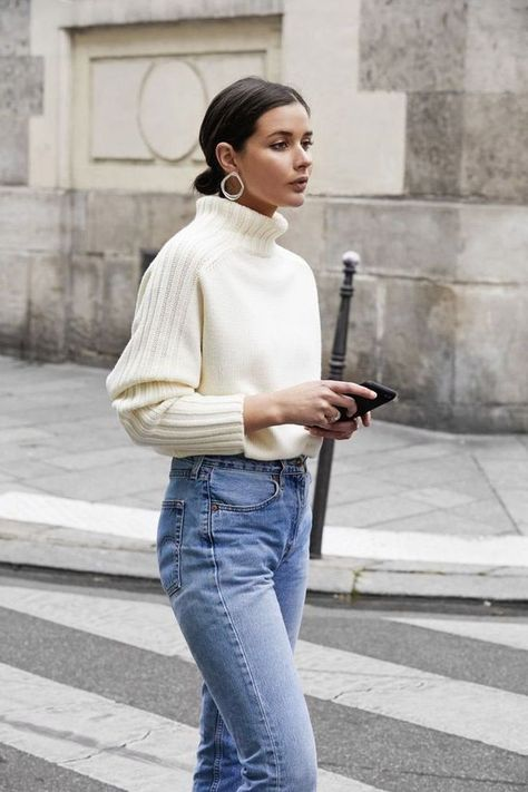 Fall Lookbook 2019 Follow us on Instagram or visit www.spasterfield.com for more women's winter outfits ideas 2019, Australian casual fall fashion, winter fashion 2018, street style winter trends, autumn girls night outfit ideas, cute autumn style outfits and much more!