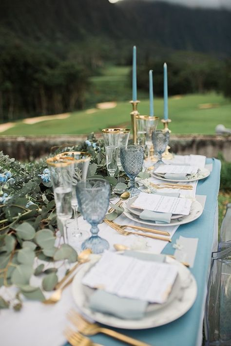 Light blue event decor that would look great at Asterisk, an event venue in Denver, CO! Light blue #weddingideas but these ideas can be expanded to many event designs! #eventdesign #blueeventdesign #AsteriskDenver #blueweddingideas #blueweddings www.AsteriskDenver.com