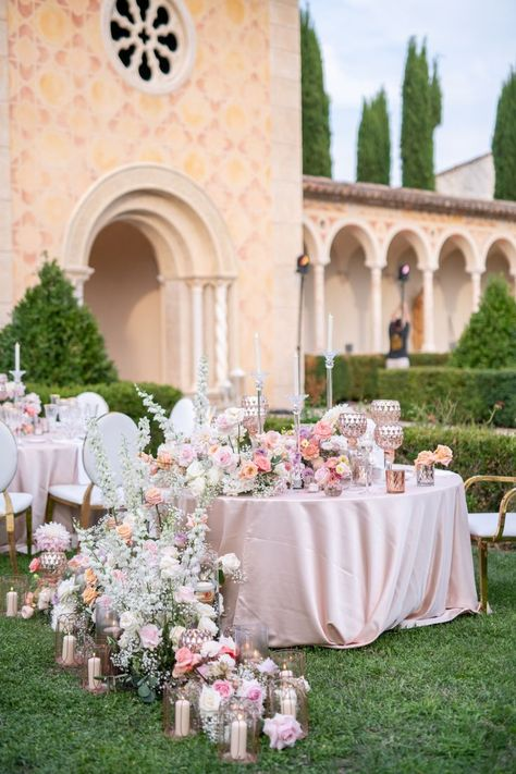 This editorial is proof that Provence was made for picture-perfect weddings. See the full experience unfold in the full gallery on SMP.com! 🙌 | LBB Photography: @cedrickleinphotography #stylemepretty #purplewedding #weddingreception