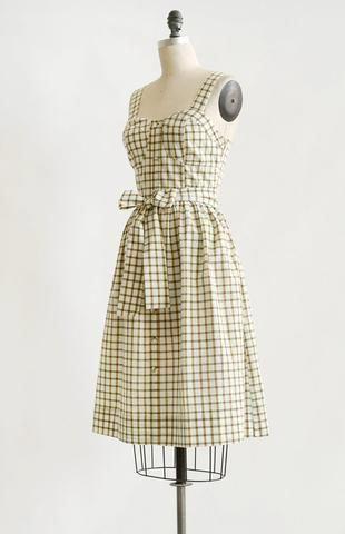Vintage 50s Inspired Dress 1950s Vintage Modern Dress County Fair Dress Vintage1950sdresses Fair Outfits Vintage 1950s Dresses Parties Modern 50s Fashion