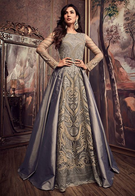 Looking to buy Anarkali online? ✓ Buy the latest designer Anarkali suits at Lashkaraa, with a variety of long Anarkali suits, party wear & Anarkali dresses!