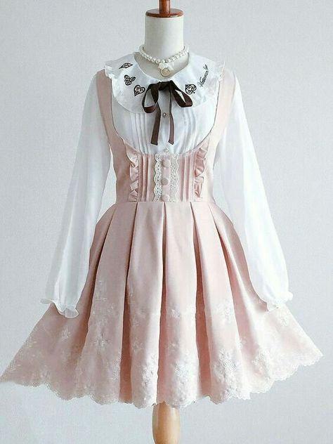 Lolita Outfit Idea - Just Crumbs Cakes Harajuku Fashion, Kawaii Fashion, Lolita Fashion, Cute Fashion, Rock Fashion, Fashion Styles, Fashion Fashion, Korean Fashion, Pretty Outfits
