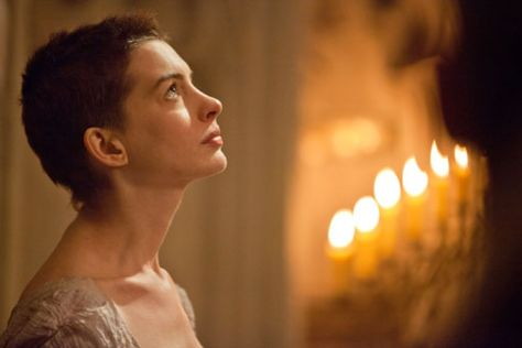 Watch Anne Hathaway Dreams A Dream In Les Miserables Les