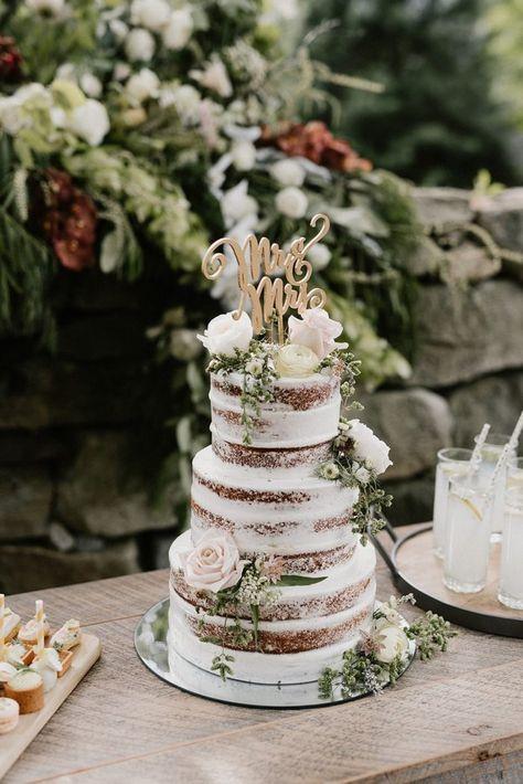 Romantic Garden Wedding Inspiration Overflowing with Greenery - Chic Vintage Brides : Chic Vintage Brides