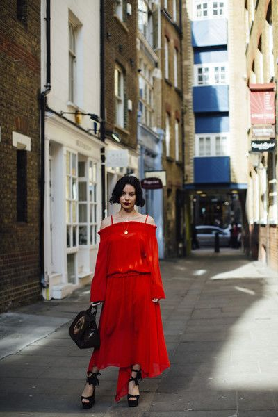 Crimson Cold Shoulder - The Most Inspiring Street Style at London Fashion Week Fall 2018 - Photos