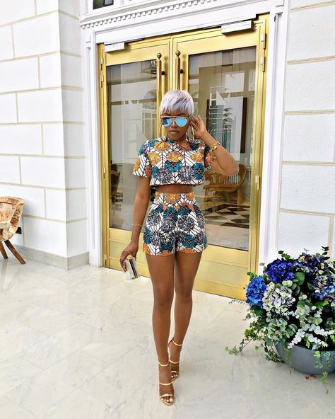 African dress African Fashion The Guide to Maternity Clothes Maternity clothes have gone a long way African Fashion Ankara, Latest African Fashion Dresses, African Inspired Fashion, African Dresses For Women, African Print Dresses, African Print Fashion, Africa Fashion, African Attire, African Wear