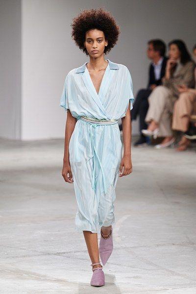 Wonderbaarlijk Agnona Spring 2020 Ready-to-Wear Fashion Show - Mode en Zomer BO-91