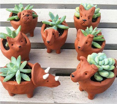 Terrific Cost-Free Ceramics Projects high school Tips Clay Pinch Pots, Ceramic Pinch Pots, Ceramic Mugs, Ceramic Bowls, Clay Projects For Kids, Kids Clay, Clay Art For Kids, Pottery Lessons, Pottery Classes