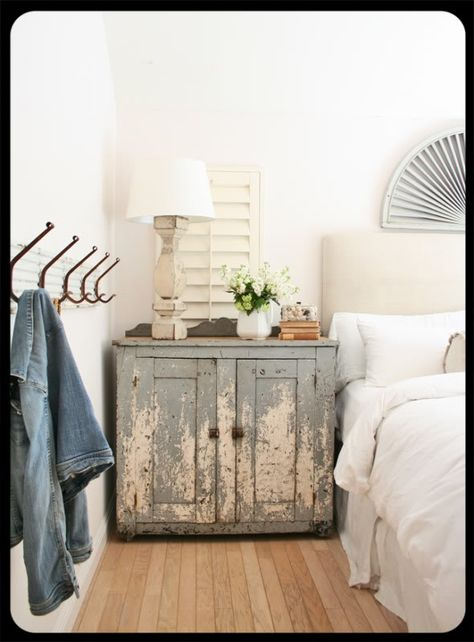 Beautiful chippy gray painted side table