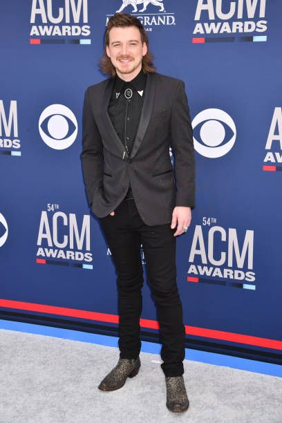 Las Vegas Nevada April 07 Morgan Wallen Attends The 54th Academy Of Country Music Awards At Mgm Grand Hot Country Music Singers Tom Ford Suit Country Music