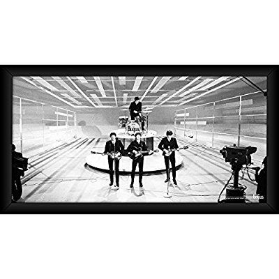 Amazon Com The Beatles On Stage Black And White 10 Inch X 20 Inch Framed Photo Photographs Awesome Stuff The Beatles Black White Beatles Photos
