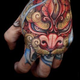 Japanese Tattoos Irezumi Mind Blowing Japanese Tattoos With Meaning Foo Dog Tattoo Hand Tattoos For Guys Japanese Hand Tattoos