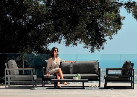 Salon De Jardin Haut De Gamme Au Design Italien Chez Ksl Living Canape Jardin Jardins Design Jardin Terrasse