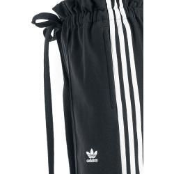 Adidas Hw Track Pants Stoffhose Adidasadidas Source By Ladenzeile Bohemian Dresses Damen Fur Stoffhosen In 2020 Pants For Women Simple Fall Outfits