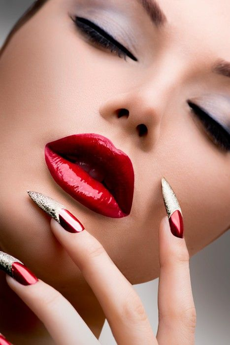 Pin By Noura On Makeup Decades Perfect Red Lips Glossy Lips