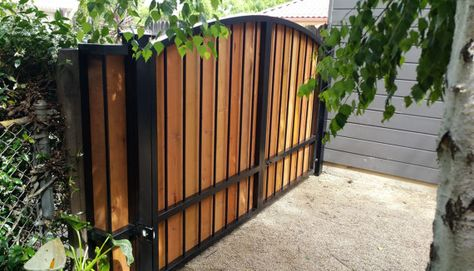 Custom Automatic Wrought Iron Cumaru Swing Arched Driveway Gate
