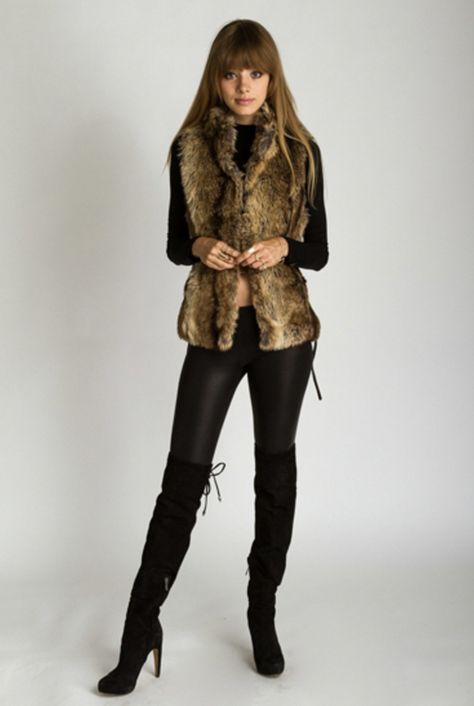 You'll be the new uptown girl this season with this amazing faux fur vest when you saunter down Avenue with your friends to go shopping. This sexy vest has a fun side lace-up which gives it a litt Vest Outfits For Women, Fur Vest Outfits, Leather Leggings Outfit, Winter Outfits, Brown Fur Vest, Faux Fur Vests, Beret Outfit, Stylish Outfits, Fashion Outfits