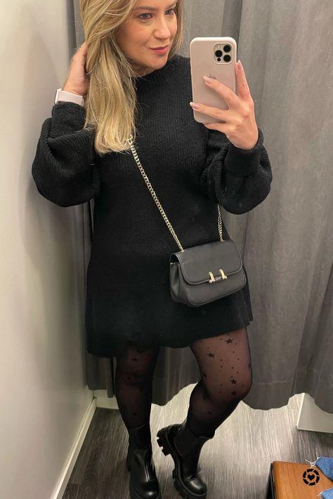 Look do sábado, estava friozinho aqui em SP então escolhi vestido de manga longa com bota chelsea tratorada. A meia-calça estampada deu um toque divertido para a produção mais pesada ;) Deixei o link de um vestido muito parecido da Amaro e o da bota que é C&A e usando meu código de consultora PATRICIACELLA vocês ainda tem desconto 🙌🏻 Siga-me no app de compras @ltk.brasil para comprar o que estou usando neste post e encontrar meus conteúdos exclusivos no app! #liketkit #LTKbrasil #LTKworkwear @