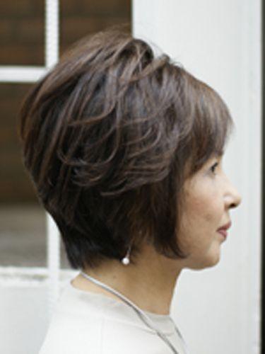 トップにボリューム50代60代髪型ヘアスタイル 60代 髪型 ミセス