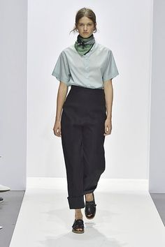 Explore the looks, models, and beauty from the Margaret Howell Spring/Summer 2018 Ready-To-Wear show in London on 17 September with show report by Ellie Pithers