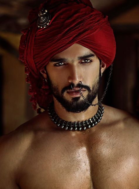 Guy's costume - as Indian man slave, to include the beard and oiling of his skin to make it shine. What an awesome costume that would make! Handsome Men Quotes, Handsome Arab Men, Middle Eastern Men, Beautiful Women Quotes, Indian Man, Japanese Men, Male Beauty, Bearded Men, Bearded Tattooed Men