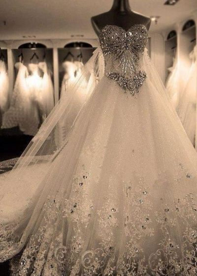 Hochzeit @April Cochran-Smith Johnson YOU NEED TO WEAR THIS IS YOUR WEDDING!!