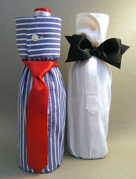 """""""Shirt"""" Gift Wrap a Bottle for Your Man – Father's Day, College Grad, Birthday, Any day! – Birthday Presents Wine Bottle Gift, Wine Bottle Covers, Wine Bottle Crafts, Wine Bottle Wrapping, Wine Bottles, Creative Gift Wrapping, Creative Gifts, Wrapping Presents, Craft Gifts"""
