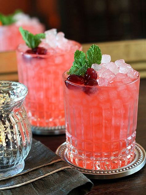 My all time favorite cocktail for the holiday season, this Cranberry Ginger Fizz Cocktail has it all. Gorgeous and the perfect flavors for the season.