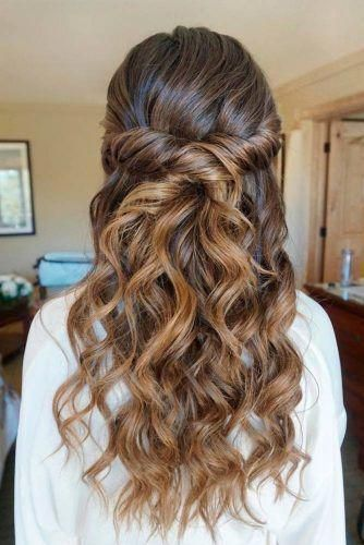 Twisted Half Updo Prom Hairstyles Picture 3