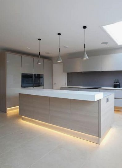 Minimal And Simple Kitchen Decorating Ideas Modern Kitchen Lighting Modern Kitchen Interior Design Kitchen