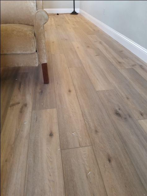 Vinyl Lvt Lvp Flooring By Vintage Floors Usa Vintage Floors Natural Elegance Collection Color Cape Hatte Lvp Flooring Luxury Vinyl Tile Flooring Flooring