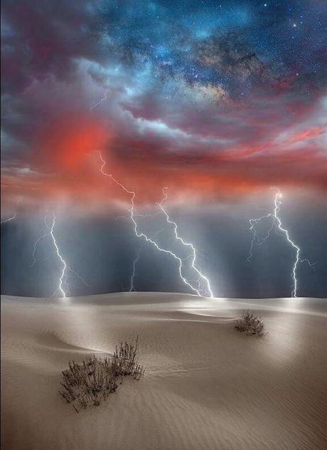 Thunder And Lightning Thunder Lightning Natural Disasters Lightning Aesthetic Lightning Photography Lightning D In 2020 Beautiful Nature Lightning Storm Nature