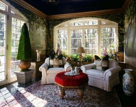 Wintergarten einrichten Pflanzen Möbel Deko kleiner Kaffeetisch - grange schranken perfekte zimmergestaltung