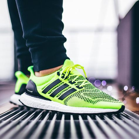 Adidas Ultra Boost Sonic Yellow