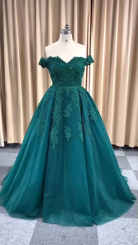 Custom Made Ball Gown Appliques Beaded Prom Dress.#prom #promdress #promdresses #promdresslong #promdress2019 #ballgown #weddingdress #weddinggown #cheappromdress #uniquepromdress #beautifulpromdress #promdresspoofy #fashion #women #dress #annaprom