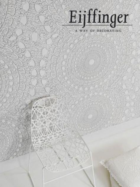 Leuk behang voor een wand achter je bed. (Eijffinger Contempo)