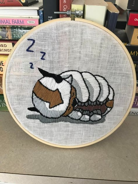 Binged Avatar: The Last Airbender a while back and decided to embroider the fish for my second project, really proud of how they came out. : Embroidery Hand Embroidery Art, Embroidery Stitches Tutorial, Flower Embroidery Designs, Vintage Embroidery, Cross Stitch Embroidery, Embroidery Patterns, Embroidery Patches, Appa Avatar, Aang