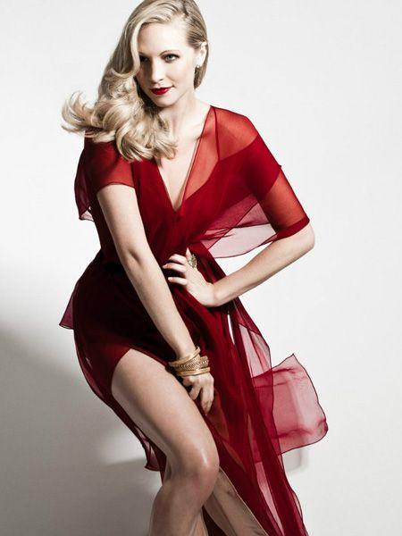 Foto Kendis Akkola Budget Fashion Lady In Red Dark Red Wedding
