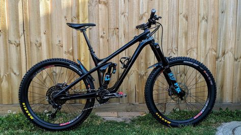 44071ce03d3 2019 Rocky Mountain Slayer custom - JHW009's Bike Check - Vital MTB  #mountainbikecycle