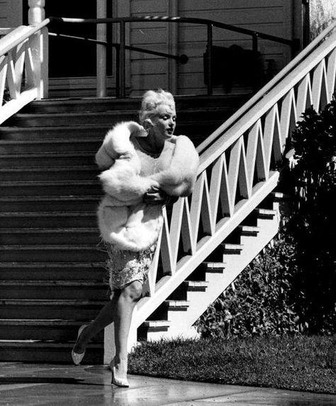 SOME LIKE IT HOT Movie PHOTO Print POSTER Film Art Classic Marilyn Monroe 001