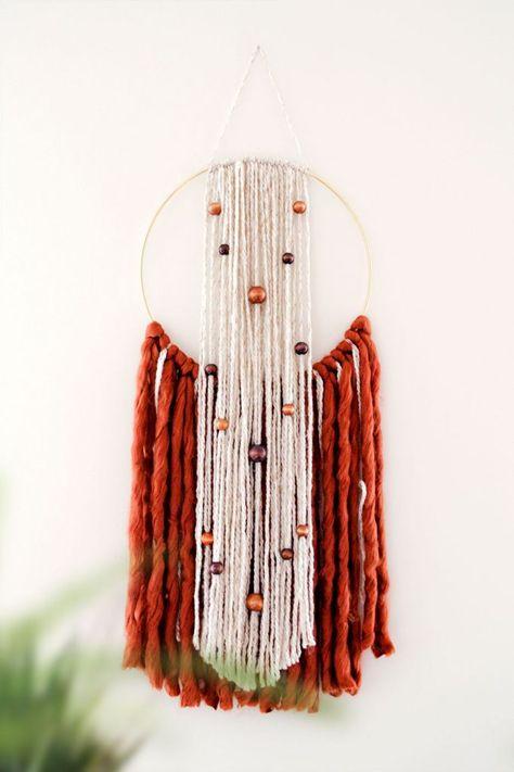 DIY Hoop Yarn Wall Hanging