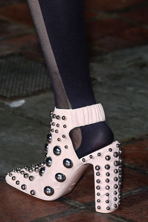 261 Best Shoes and bubbles images | Shoes, Me too shoes