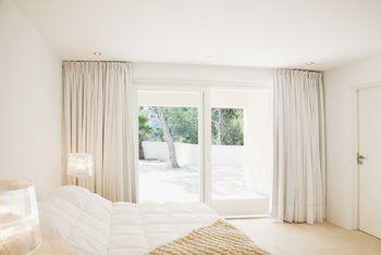 How To Hang Curtains Over Sliding Glass Doors In 2020 Glass Door Curtains Sliding Door Curtains Sliding Glass Door