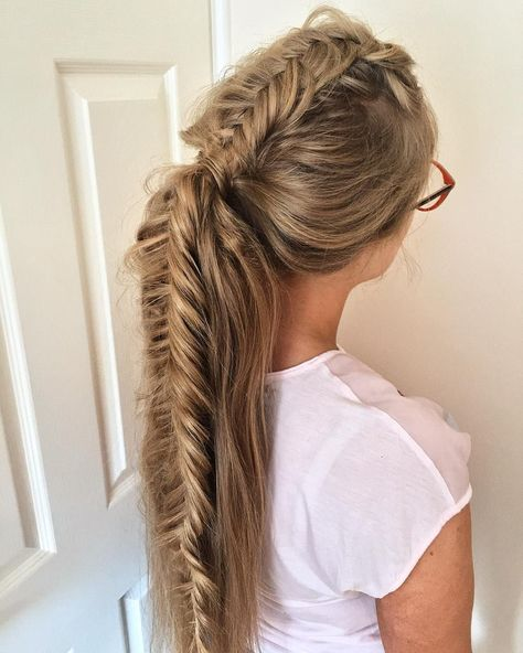 Four strand knotted ponytail : Featured hairstyle inspiration - Michael Gray Hair #hairstyle #braids #hair #weddinghairstyle #Hairstyle #Braid #BraidIdeas #BraidInspo #BraidedHair #Braidstyles #BeehiveHairstylePinCurls